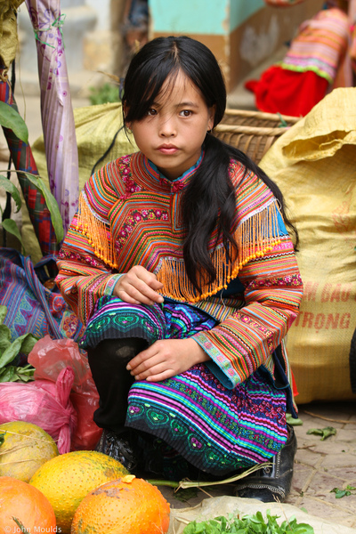 face of vietnam - Flower Hmong girl in Bac Ha Market girl, Lao Cai