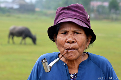 face of vietnam - Pa Co ethnic lady of Hong Quang Village, A Luoi