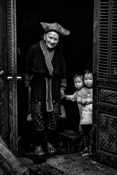 face of vietnam - Red Dao in Nam Cang Village, Sapa, Lao Cai. Featured on JustBW.eu website.