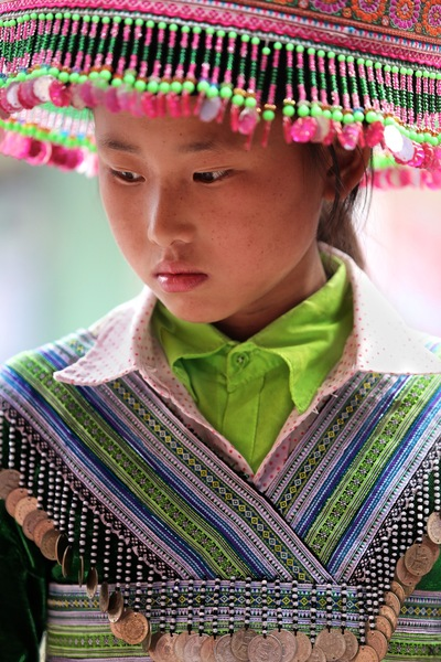 face of vietnam - Hmong girl in Muong Hum Market, Lao Cai