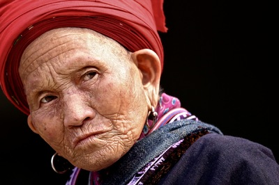 face of vietnam - Red Dao lady in Muong Hum Market, Lao Cai