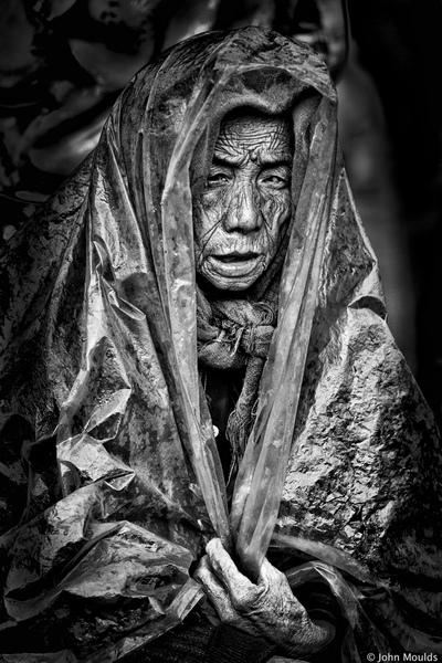 face of vietnam - Darkness Meo Vac Market, Ha Giang