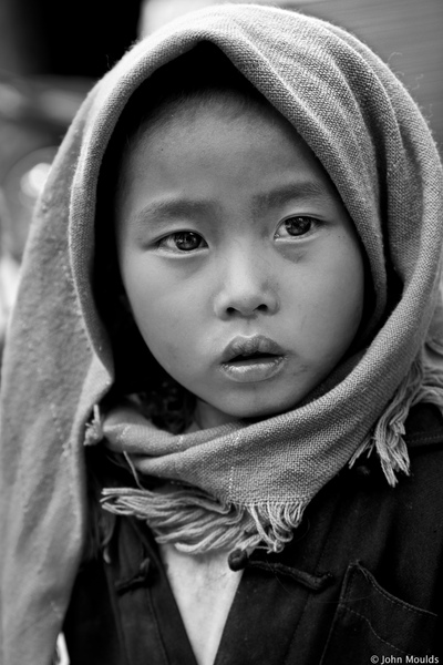 face of vietnam - Girl in Ma Le Market, Ha Giang