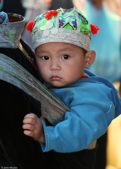 face of vietnam - Child in Muong Hum Market, Lao Cai