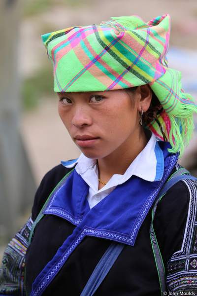 face of vietnam - Mong girl, Mu Cang Chai street market, Yen Bai