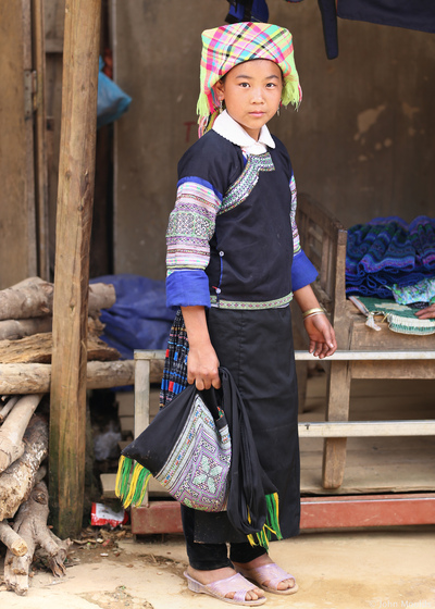 face of vietnam - Miss Ma La, Hmong girl, Khao Mang Market, Mu Cang Chai, Yen Bai