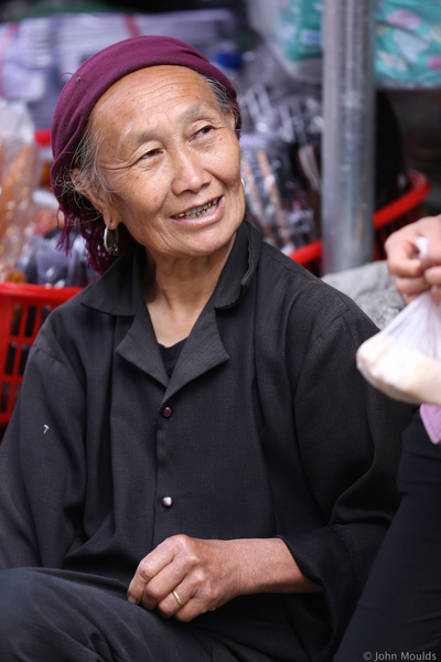 face of vietnam - Black Dao in Sin Ho market, Lai Chau