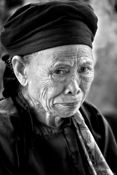 face of vietnam - Lady in Dong Van Market, Ha Giang