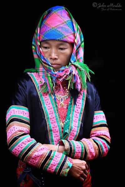 face of vietnam - White Hmong, Sin Ho Market