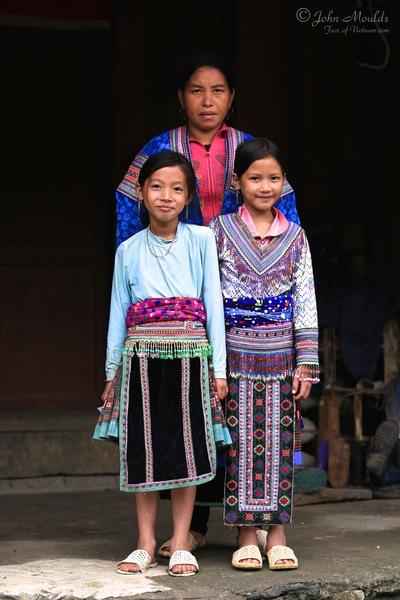 face of vietnam - Red Hmong in Sin Ho Vay