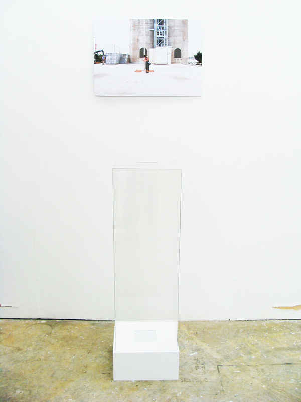 Cameron Rey - Layer 280314 18:03, 2014. Studio. Clear Plastic Box. Whtie Box. Speaker (Sound): Silo Market. Steam (Smell): Silo Market Food Stalls.