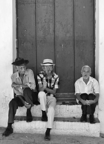 COLOUR-AND-SHAPE Photography - Cuba - Intact, 2015 (digital B & W)