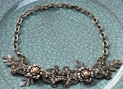 Curvaceous Design Portfolio - Custom made neck piece with Swarovski crystals