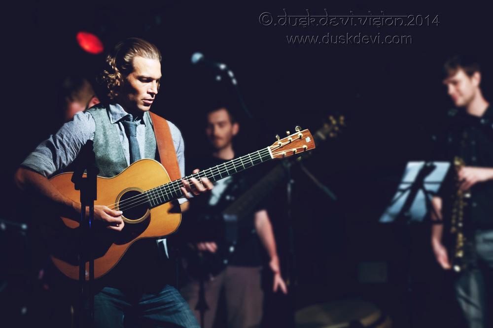 Dusk Devi - Performance