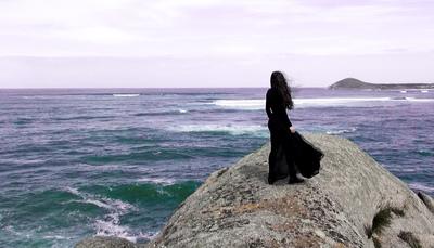 Elise Bonato is a artists in Australia